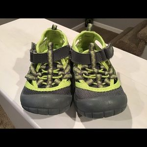Toddler Shoes Green and Grey Osh Kosh